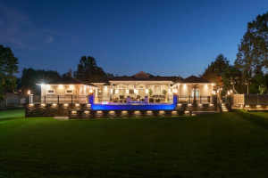 Shawnee Drive Residence